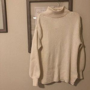 H&M oversized white turtleneck sweater NWT